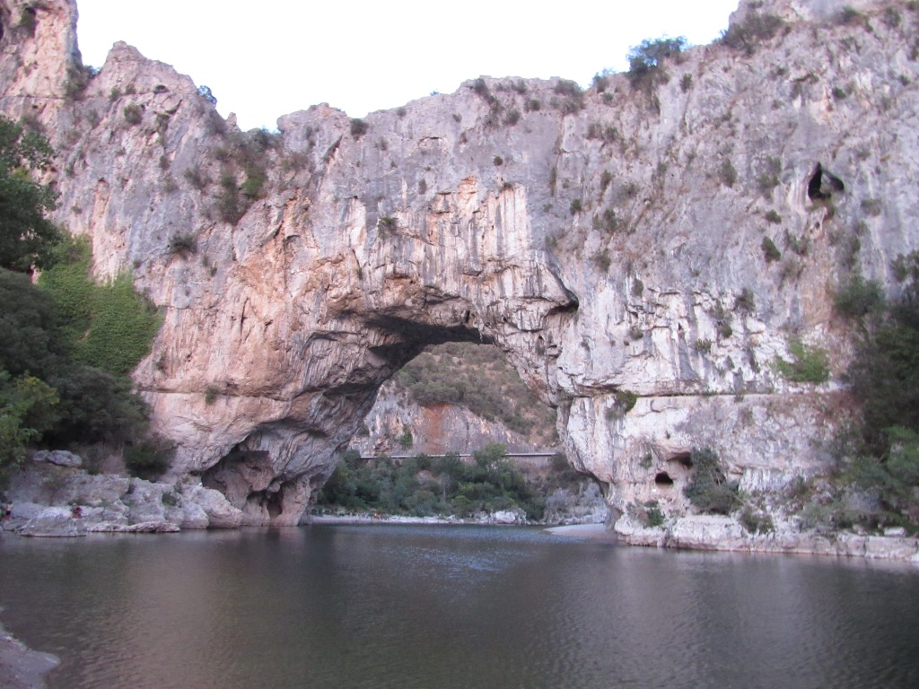GrotteChauvet et PontDeL'Arc @lisepaty